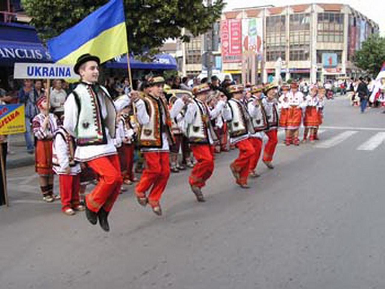 2005 - Ansamblul folcloric \'\'Halytska Veselka\'\' - Ucraina