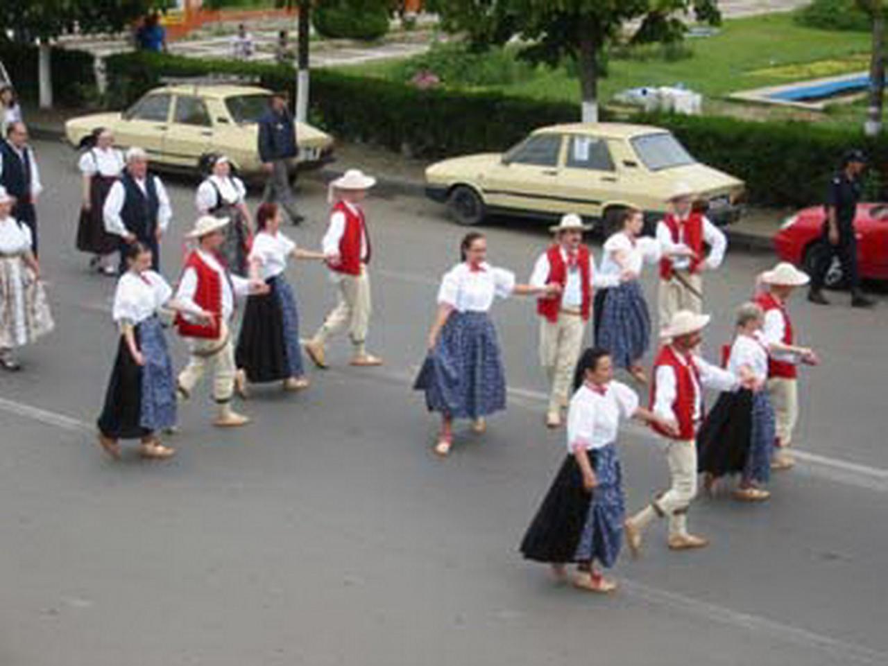 2006 - Parada portului popular