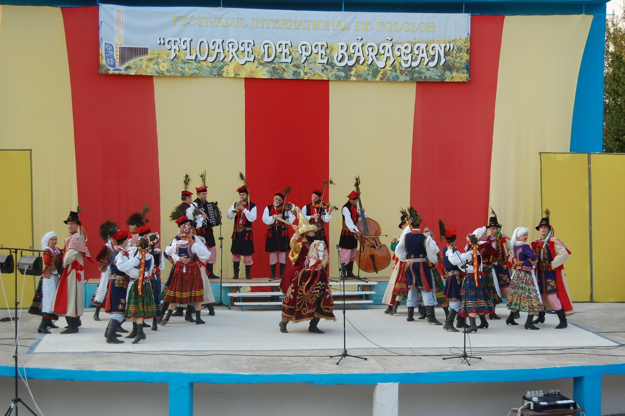 2008 - Ansamblul folcloric ''Krakus'' - Polonia