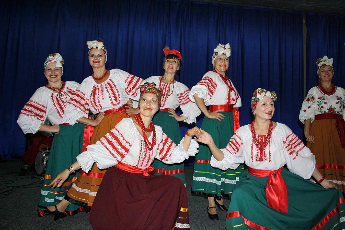 ucraina-spectacol-m-kogalniceanu