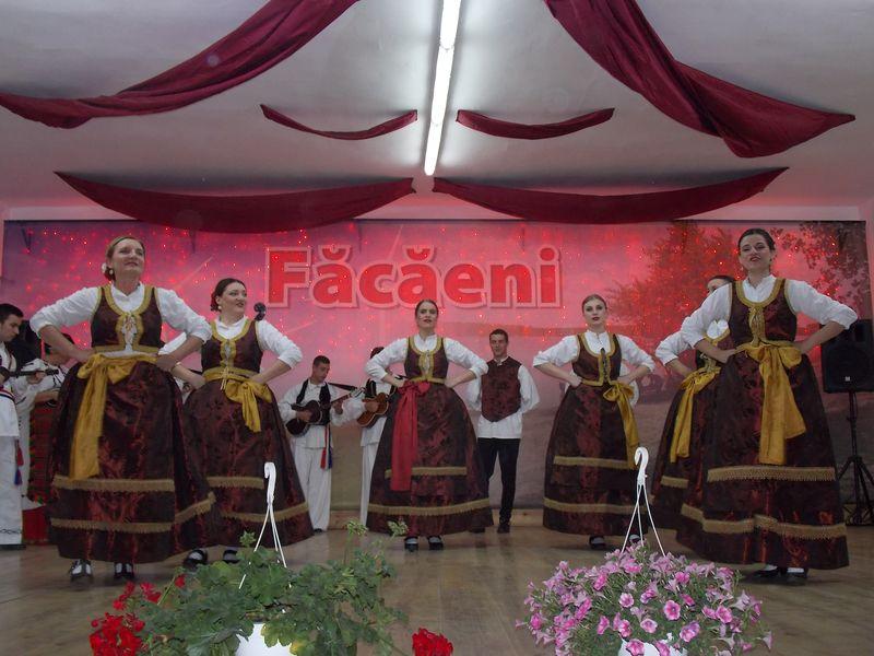 Ansamblul ''Bizovac'' - Croatia_Facaeni_2