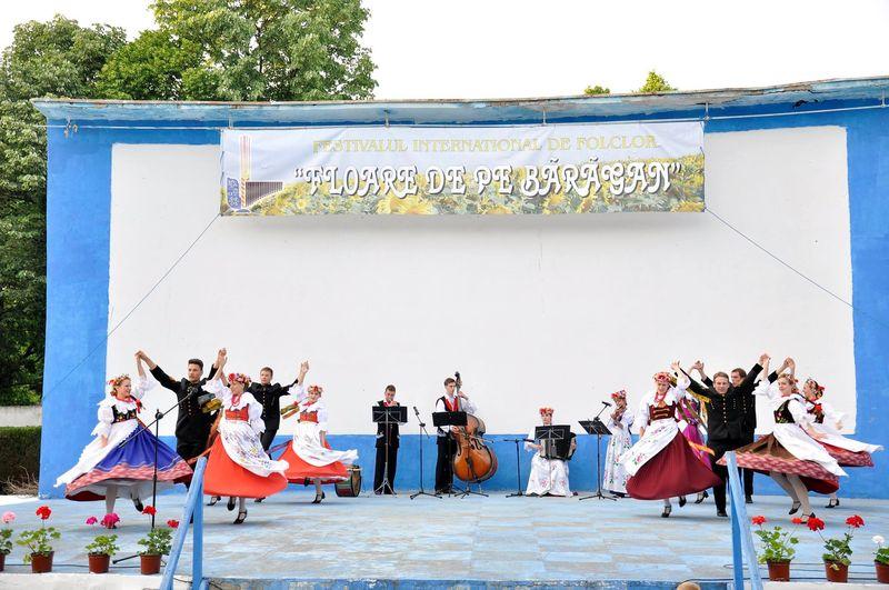Ansamblul ''Silesianie'' - Polonia_Fetesti
