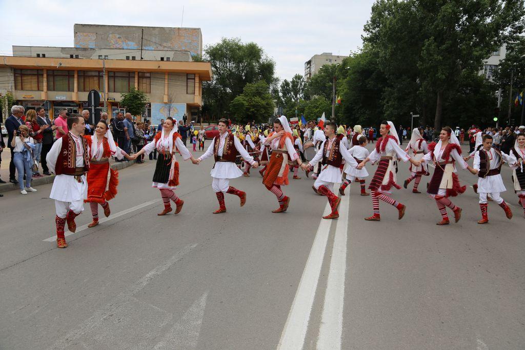 Macedonia_parada_Slobozia