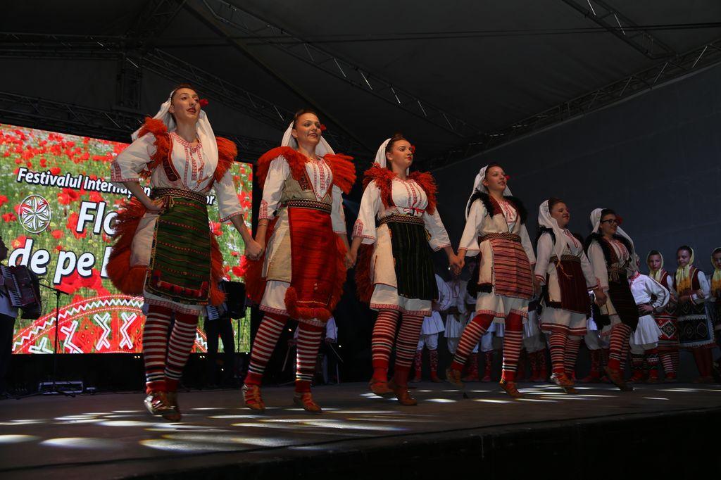 Macedonia_spectacol_Slobozia_1