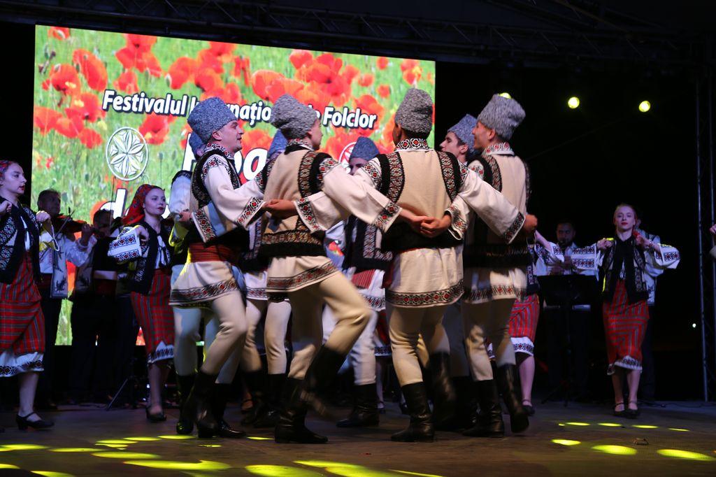 Roamnia _spectacol Slobozia_Moldova