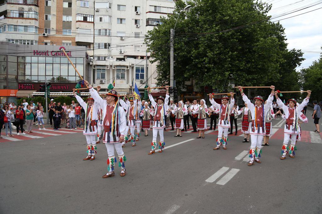 Parada portului popular_Slobozia_._1