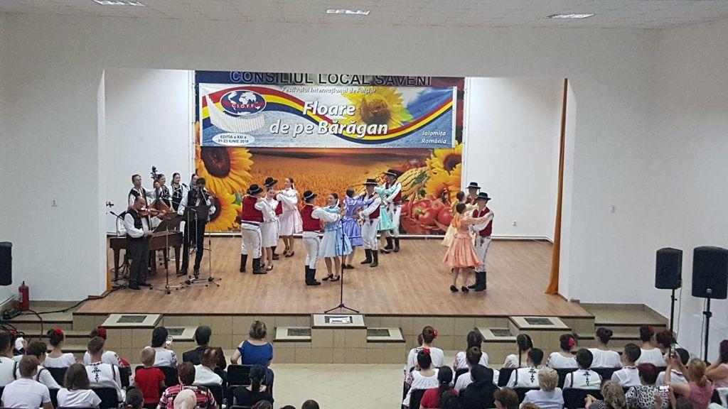 Saveni - spectacol Slovacia