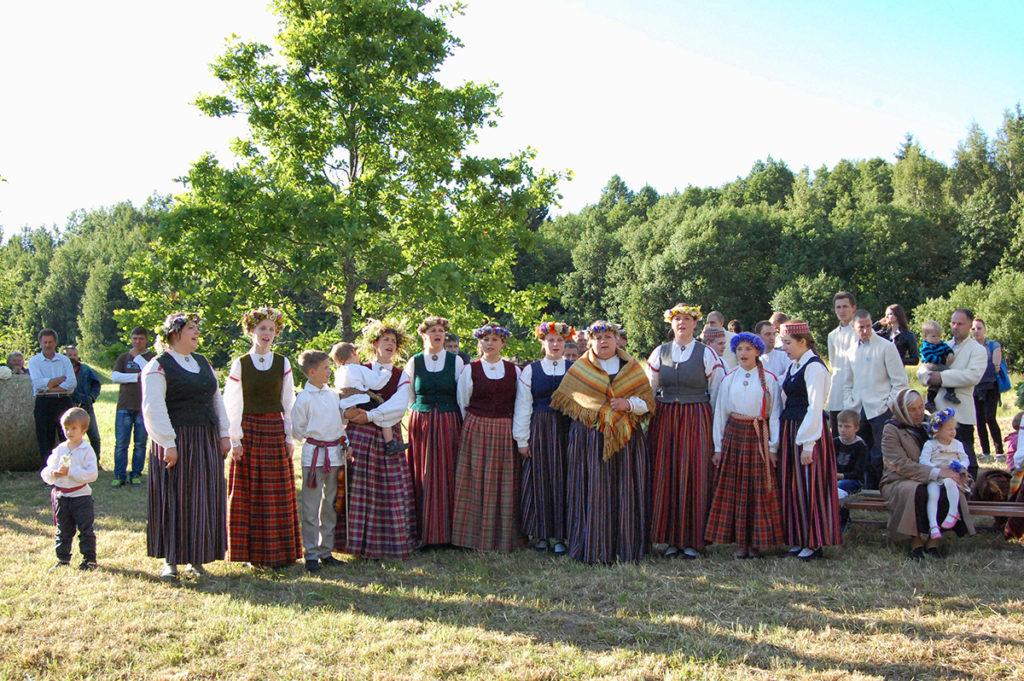 """The Folk Ensemble """"Upite"""""""